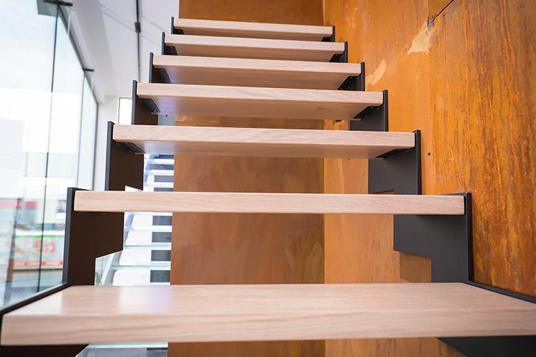 fe2-houten-trappen