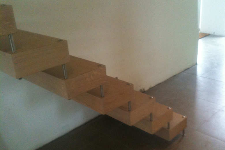 Zwevende Trap Kosten : Zwevende trap in hout fe